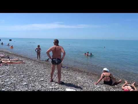 """Пляж """"Бирюза"""" в Лазаревском. Солнце, море, жара 9 июня 2017"""