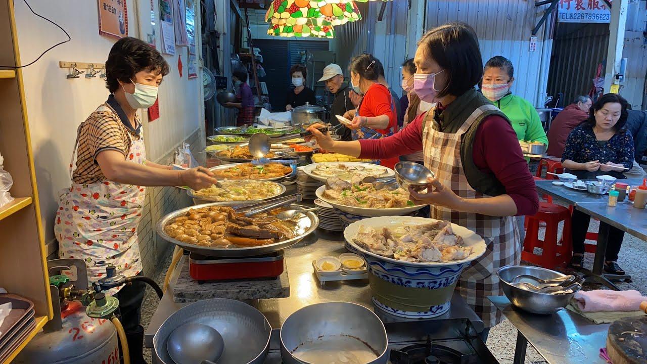 總舖師和巷子內會來的飯桌菜早餐直擊 - YouTube