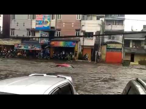 banjir bandang bandung trade centre
