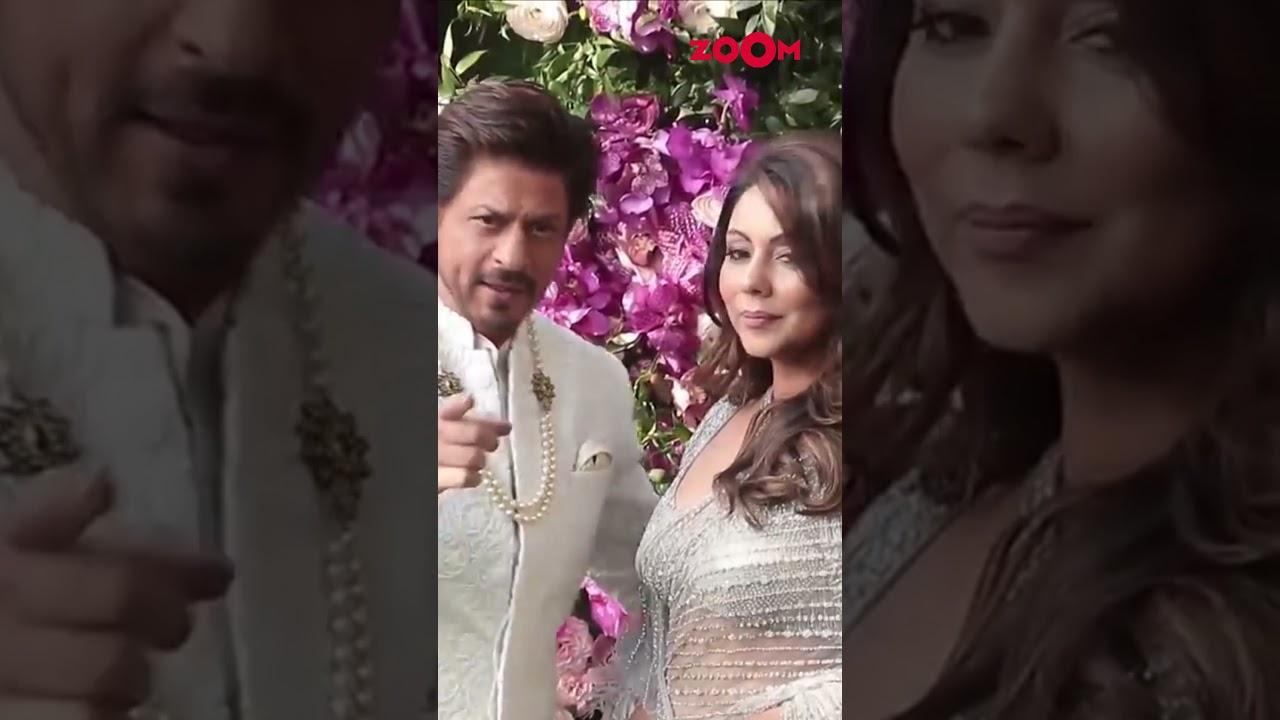 Shah Rukh Khan and Gauri Khan pose for the paparazzi   #Shorts