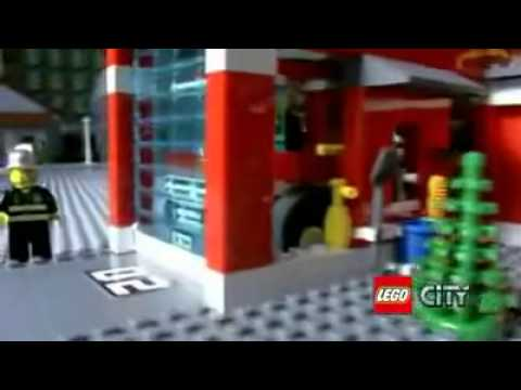 Lego City Fire Station 7945 Fire Truck 7239 Youtube