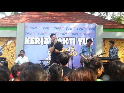 Ketagihan - Boy Sahara live in TVRI Rambate Rata Hayo