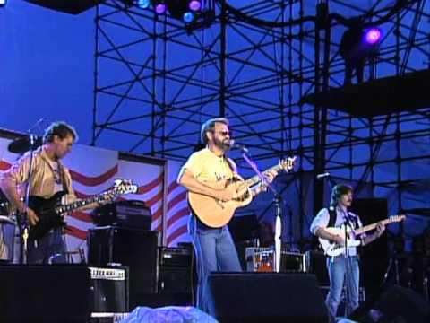 Glen Campbell - Wichita Lineman and By The Time I Get To Phoenix (Live at Farm Aid 1985)