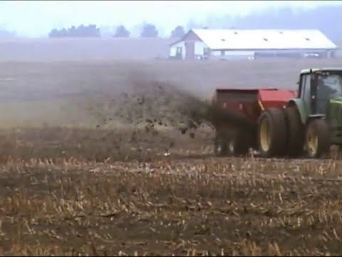 H&S Manufacturing Company - Top Shot Manure Spreaders