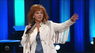 Reba McEntire- Is There Life Out There (Macy's 4th of July Spectacular 2021)