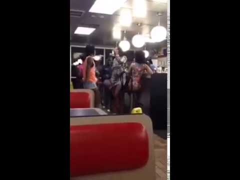 Chicks fight in waffle house in Fairfield Alabama