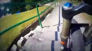 Спуск на велосипеде по лестнице (Беларусь, Мозырь) / Descend the stairs on a bike (Belarus, Mozyr)