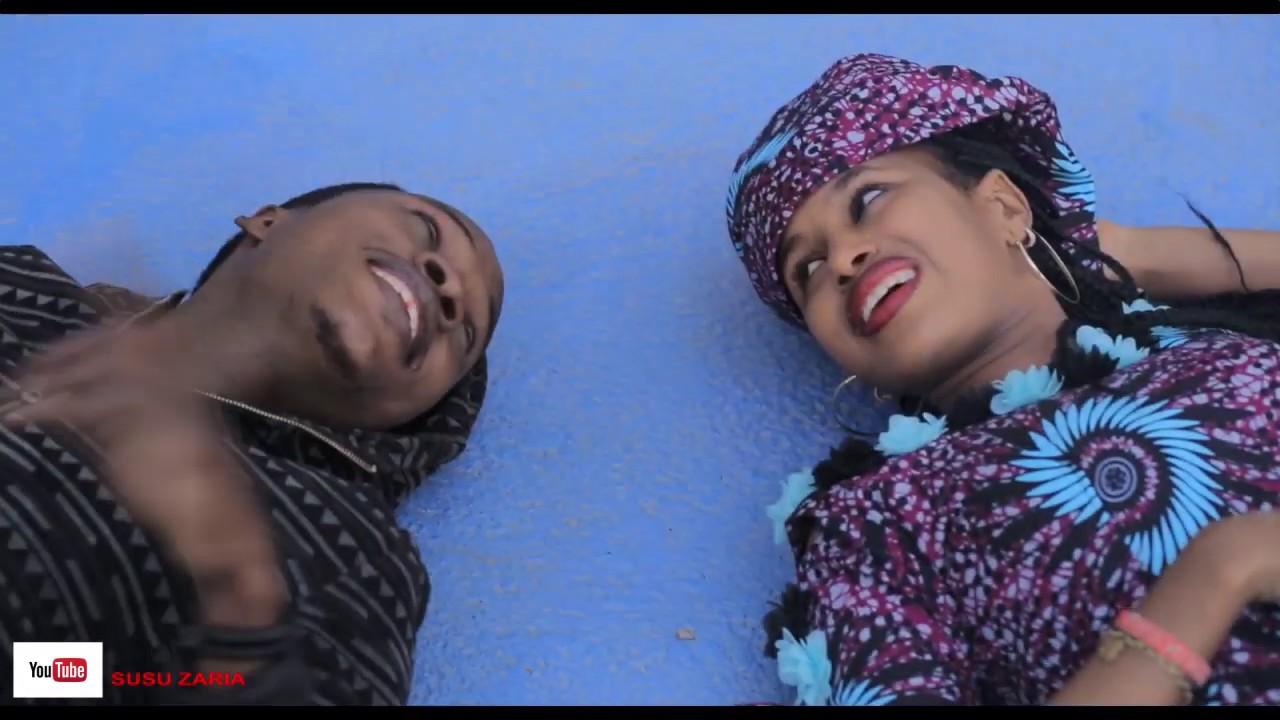 Download Kalmomin soyayya masu ratsa zuciya acikin wata waka r soyayya subscribe for more free videos