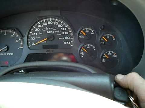 2003 chevy trailblazer wont start. - YouTube