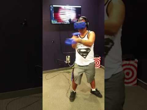 Me Playin sensorama virtual reality zombie