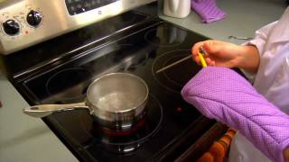 How to Use and Calibrate a FoodThermometer