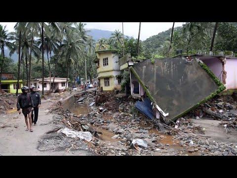 ارتفاع حصيلة ضحايا الفيضانات في الهند إلى أكثر من 400 قتيل