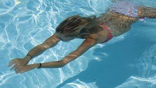 Плавание при шейном остеохондрозе(Плавание при шейном остеохондрозе помогает нормализовать кровообращение в пораженном месте., 2015-12-22T05:47:34.000Z)