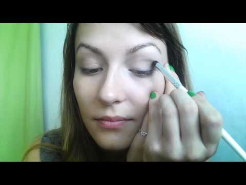 Date night makeup tutorial by Carlaism | with Provenance vie Saine