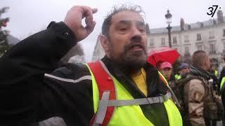 """Manifestation des """"Gilets jaunes"""" à Tours, le samedi 08 décembre 2018."""
