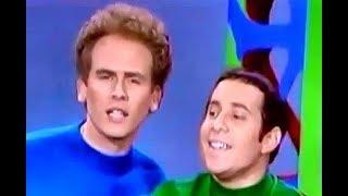Simon & Garfunkel vs Harpers Bizarre (Feelin' Groovy) The 59th Street Bridge Song