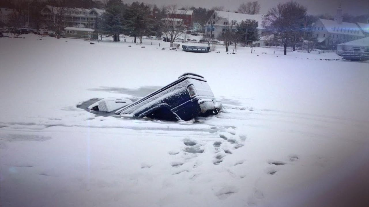 Cars Crashing On Ice