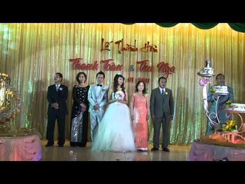 Hát mở màn đám cưới Toàn