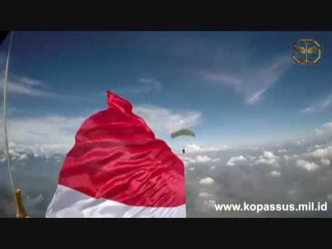 Bendera Pusaka Tanah Air Indonesia
