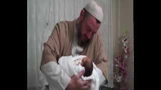 Video Şeyh Ahmed Yasin bebeğe isim veriyor download MP3, 3GP, MP4, WEBM, AVI, FLV Desember 2017