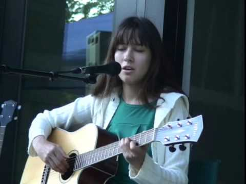 Melanie Keller sings @ the Farmers Market