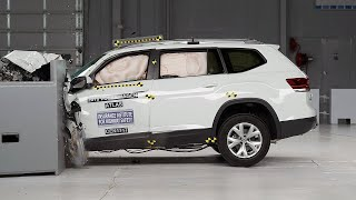 2018 Volkswagen Atlas driver-side small overlap IIHS crash test