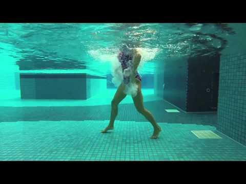 "AQUA ZUMBA Splash! with Mari ""Sigue Moviendo"" (Zumba® Fitness – Video Contest 2015)"