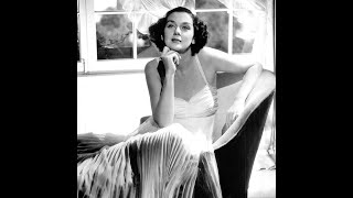 10 Things You Should Know About Rosalind Russell