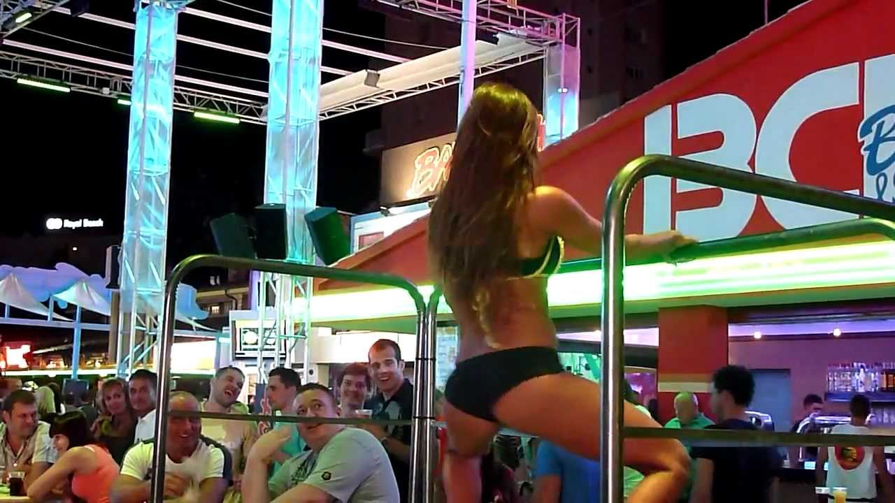 Girls strip tease clips