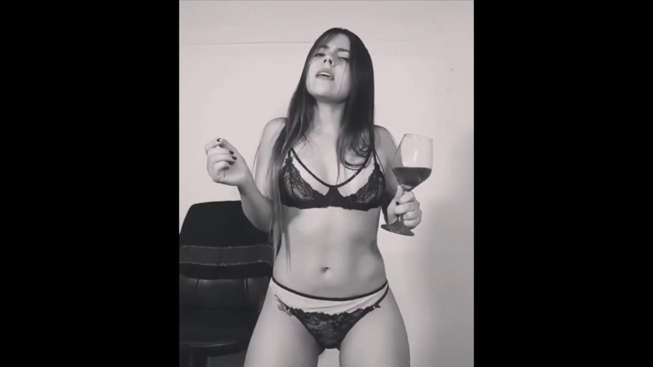 Aida Cortes Porno 10 motivos para seguir @aidacortesll_ no instagram
