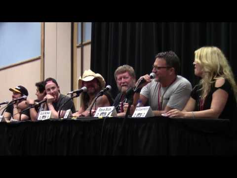 Metrocon 2017: Farewell To The Voice Actors Panel (CIRCUS!)
