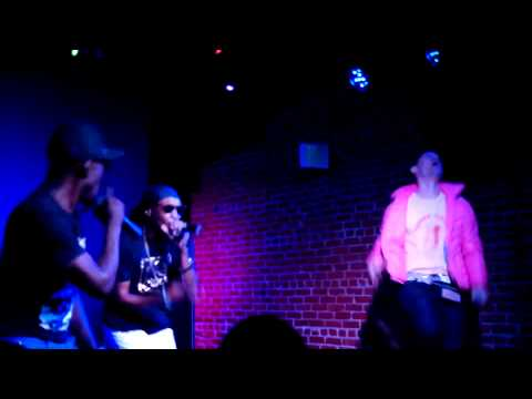 TASTE YOU LIKE YOGURT- Whatchya ft Flula Borg & Flynt Flossy (@Turquoisejeep) Live @ Molly Malone's