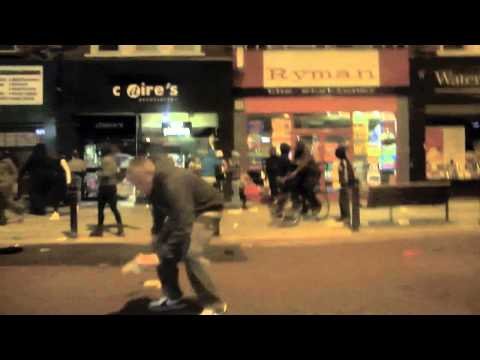 Clapham Junction riots - Looting 8th August