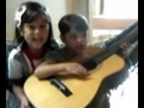 Camille i joao victor Cantando