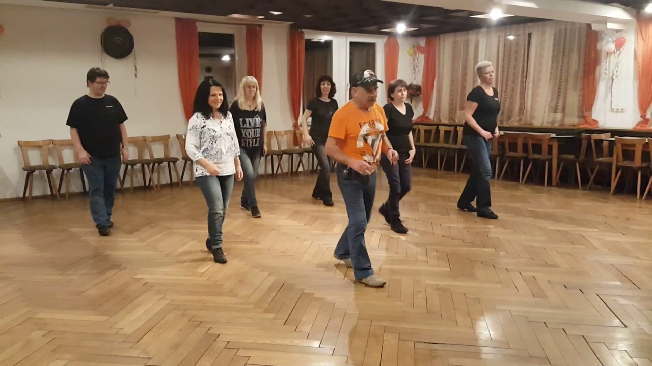 Down On Your Uppers Line Dance Unterricht Abend - YouTube
