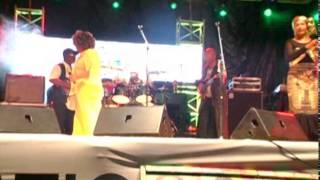 ABI REGGAE 2015 :Prestation des I - THREES,le groupe de choristes de Bob Marley & the Wailers