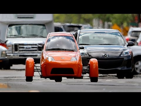Can a three wheeled motorcycle beat Tesla? Bizarre $7,000 Elio 'autocycle' goes on sale