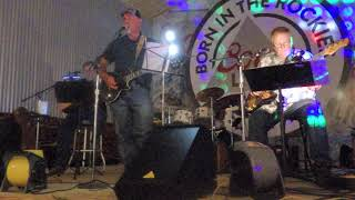 """""""THE GUYS"""" - Lynn Wilson sings """"She's Not the Cheatin' Kind"""" at Nuna's Cajun Seafood in Palestine"""
