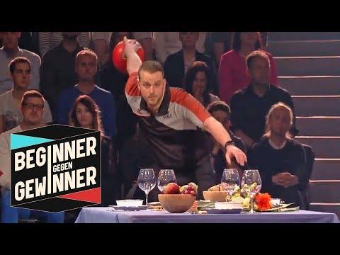 Bowling: Tisch gedeckt! Schafft der Profi das? | Teil 2  | Beginner gegen Gewinner | ProSieben