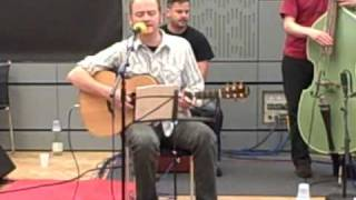 James Yorkston & Big Eyes Family Players - Martinmas Time - Loose Ends performance