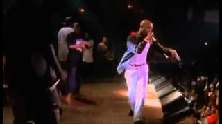 Tupac Amaru Shakur (Makaveli) - Ambitionz Az A Ridah / Live At The House Of Blues.wmv