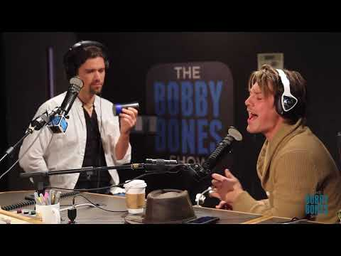 """Hanson Performs """"Penny & Me"""" Live on the Bobby Bones Show"""