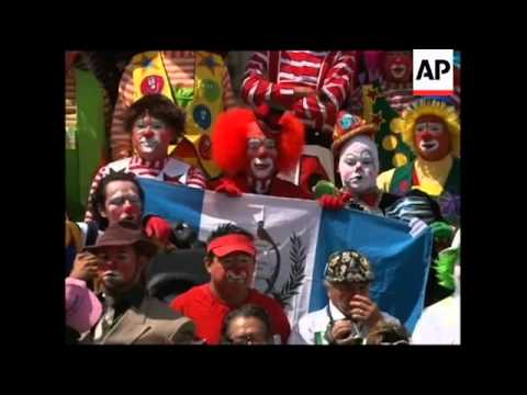 Clowns celebrate 3rd day of their 14th annual congress