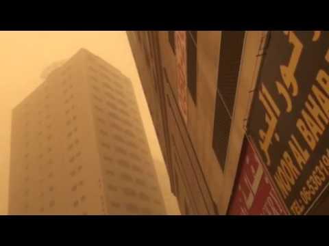 Live Update : Sand storm in Sharjah, United Arab Emirates