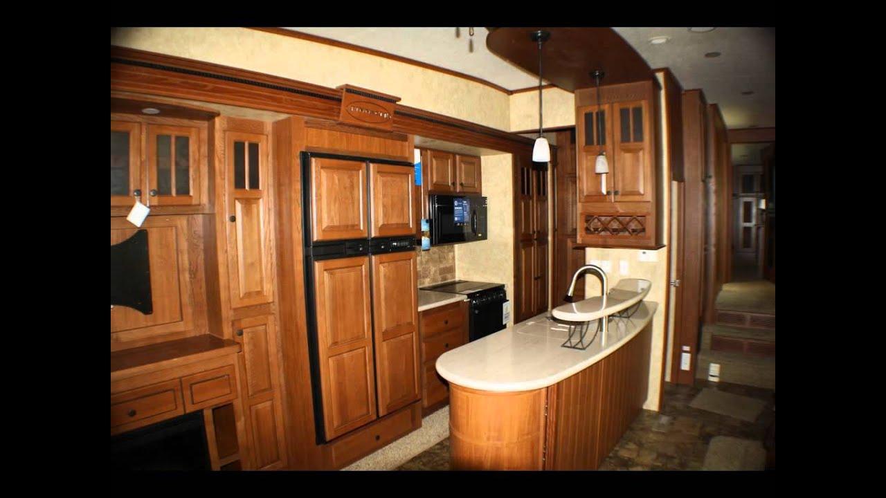 Jayco Pinnacle 36kpts Fifth Wheel With Large Kitchen Walk