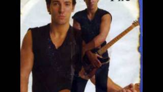 Bruce Springsteen - Fire (Studio Version)