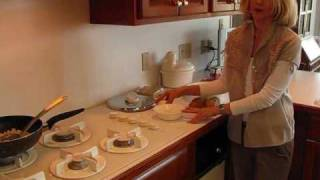 Video Betty's Country-Style Corned Beef Hash download MP3, 3GP, MP4, WEBM, AVI, FLV Juli 2018
