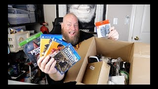 Baixar I bought a $1,783 Amazon Customer Returns ELECTRONICS Mystery Box Pallet + PS4 Video Games & TECH