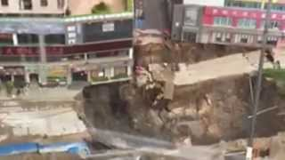 Giant Sinkhole Swallows Entire Street in The City China Dongguan Live Video