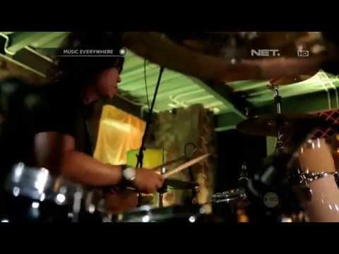 Once Mekel (w/ Band Once Mekel) - Dealova